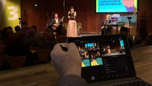 Ein iPad dient als Regie- und Schnittzentrale
